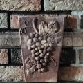 Keramický reliéf 6 - Hrozny