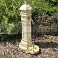 Zahradní vodovodní sloupek PISA umělý kámen