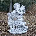 Csókolózó gyerekek szobra ba 169