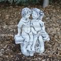 Padon ülő gyerekek szobra ba 217
