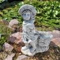 Kislány kosárral szobor ba 139