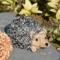 Sündisznó kicsi 9cm - öntött kő