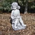Padon ülő kislány szobor ba 138
