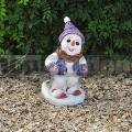 Síelő hóember szobor 90