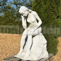 Gondolkodó nő szobra 037
