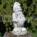 Kerti törpe szobor eperrel ba 112