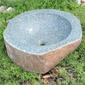 Kamenné studne a umývadlá