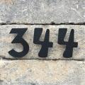 Kovové domové čísla