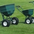 Hnojenie a kosenie trávnika