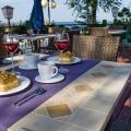 Záhradné stoly kovovo - kamenné