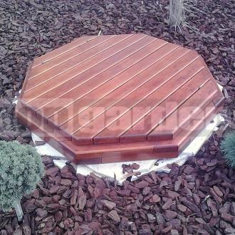 Poklop na studnu dřevěný