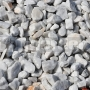 Kameň Bianco Carrara drť 22-30mm 25kg
