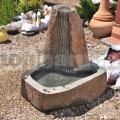 Kamenná fontána 12