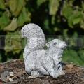 Malá veverička ba 238